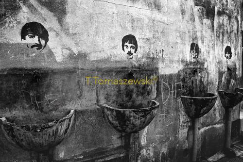 Wygląda jak publiczna toaleta. Porto, Portugalia Looks like public toilet.Porto, Portugal